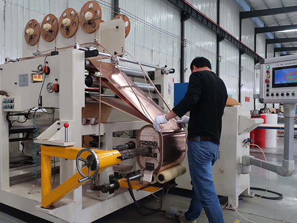 Foiling machine